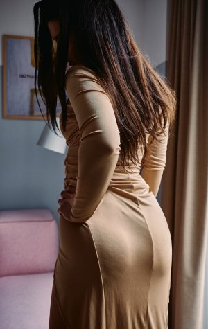 Marie-violaine free sex in Lone Tree, live escorts