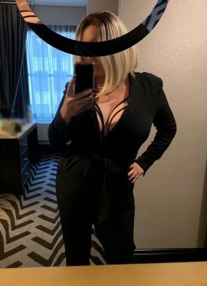 Laure-aline adult dating in Clayton