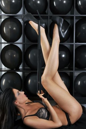 Karline escort, sex party
