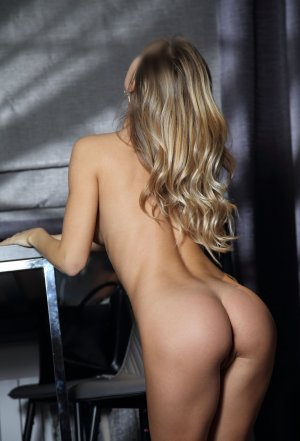 Eloina sex parties in Tinton Falls New Jersey